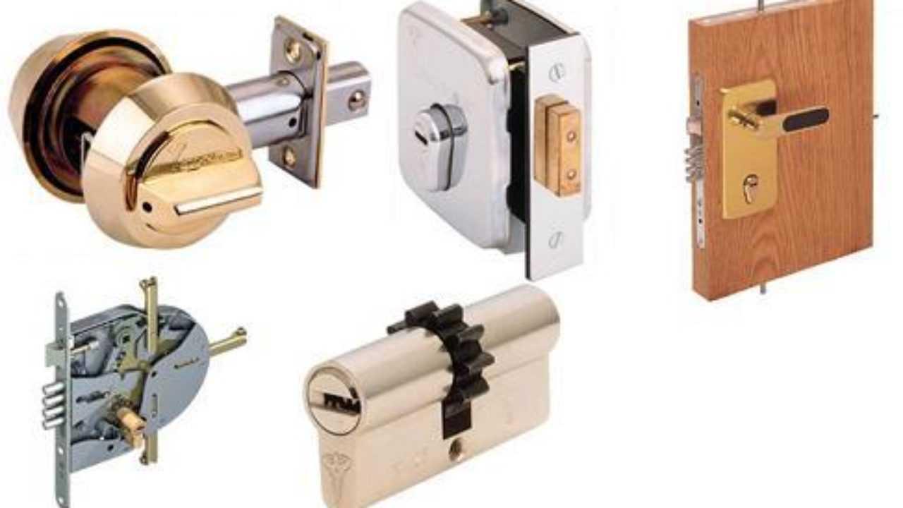 Критерии выбора самых надежных замков для металлических дверей