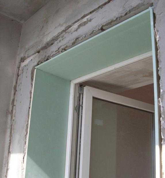 Как можно оформить дверной проем входной двери
