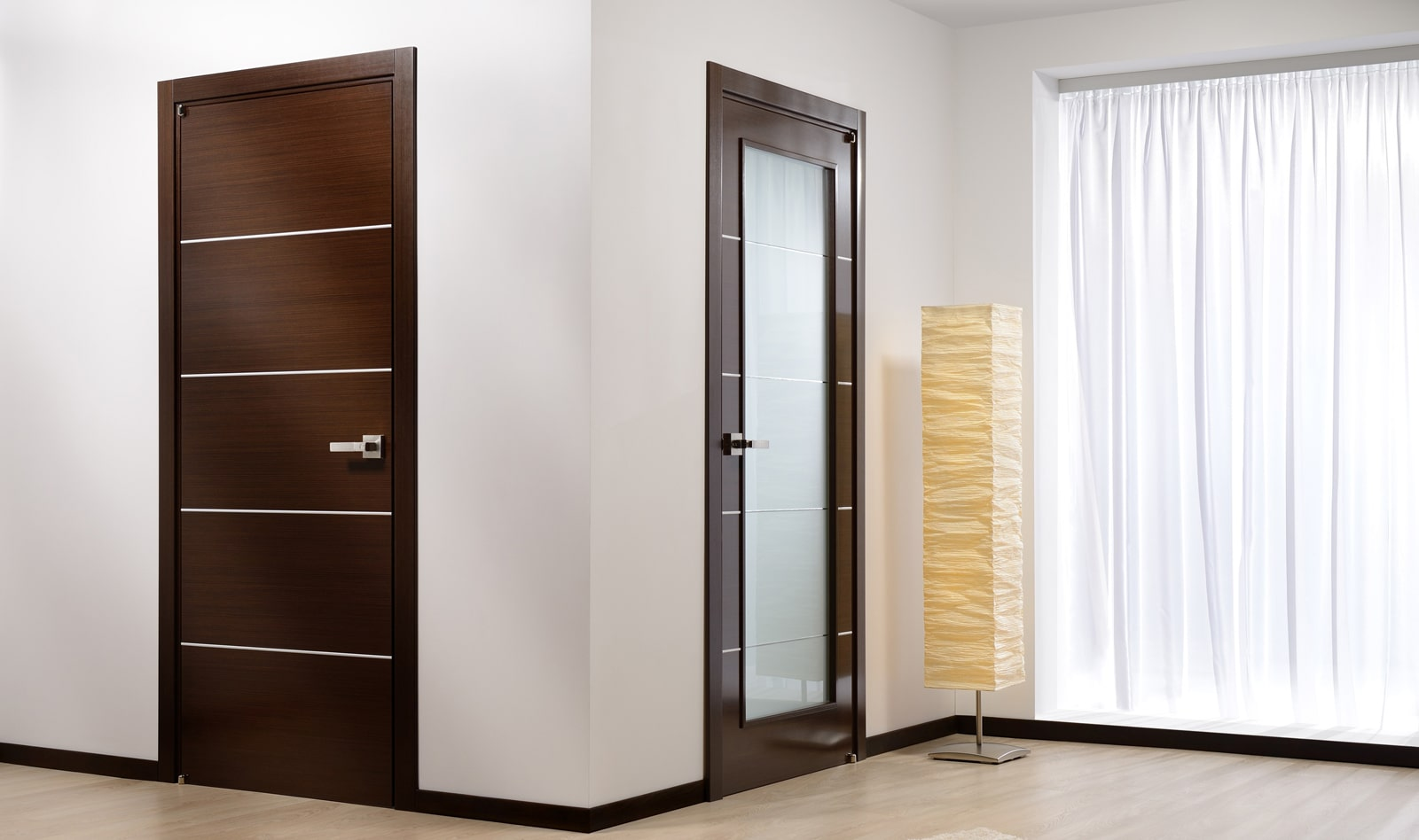 Установка межкомнатных дверей пошагово: фото, видео
