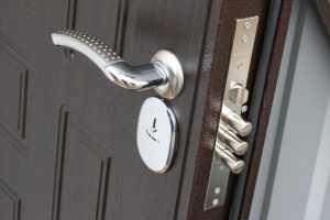 Входная металлическая дверь: критерии выбора
