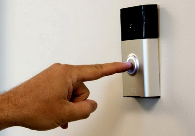 Какой видеозвонок установить на дверь в квартиру?