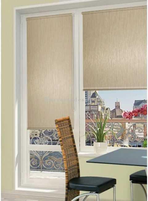 Выбор штор на окно с балконной дверью