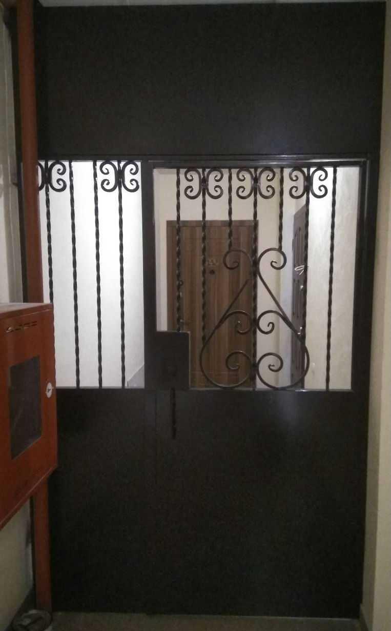 Выбор тамбурных дверей