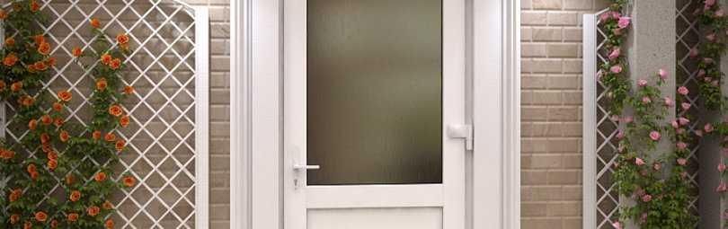 Пустите солнце в дом: использование дверей со стеклопакетом