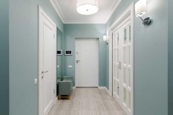 Применение светлых дверей в интерьере квартиры