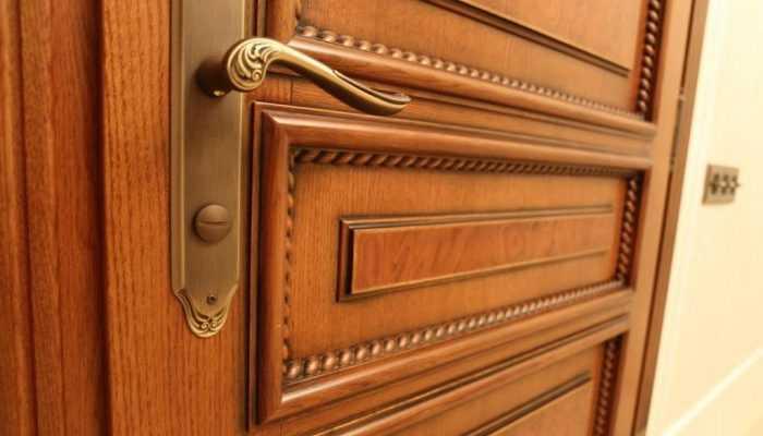 Красота и экологичность дверей из массива ольхи