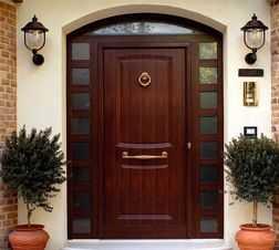 Входные двери со стеклопакетом — тепло или холодно