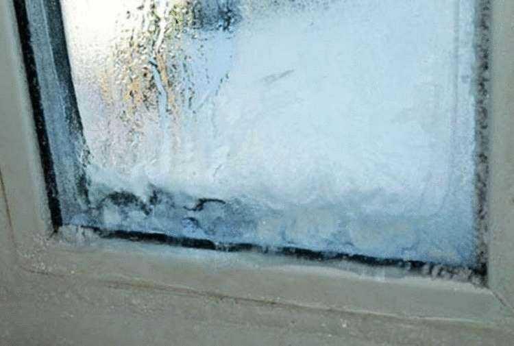 Почему пластиковые окна пропускают холод, промерзают: что делать?