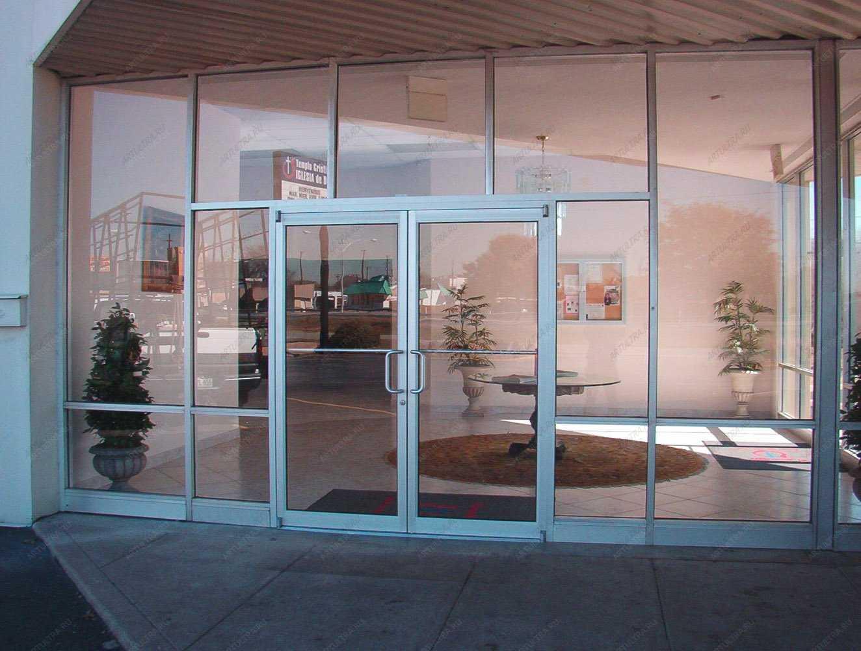 Стеклянные входные двери для частного дома