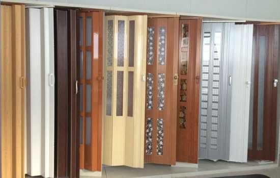 Как собрать и установить своими руками двери гармошку