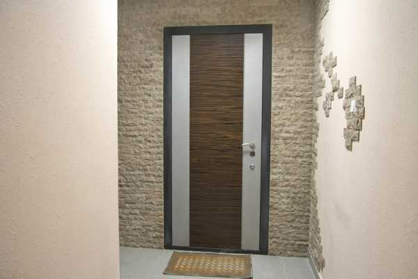 Особенности дверных конструкций без наличников со скрытым коробом