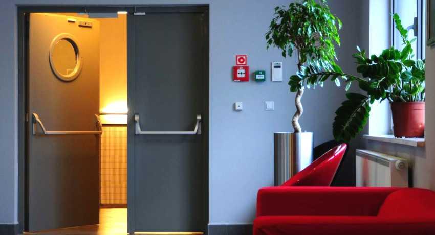 Правила и требования установки противопожарных дверей