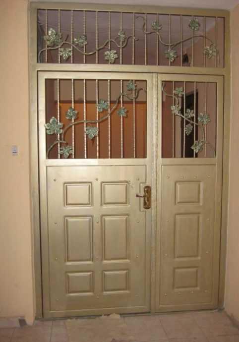 Выбор и установка тамбурных дверей