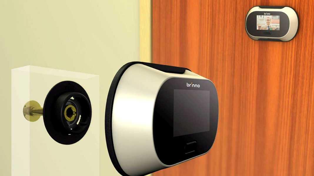 Сооружение видеоглазка в дверь из ip камеры