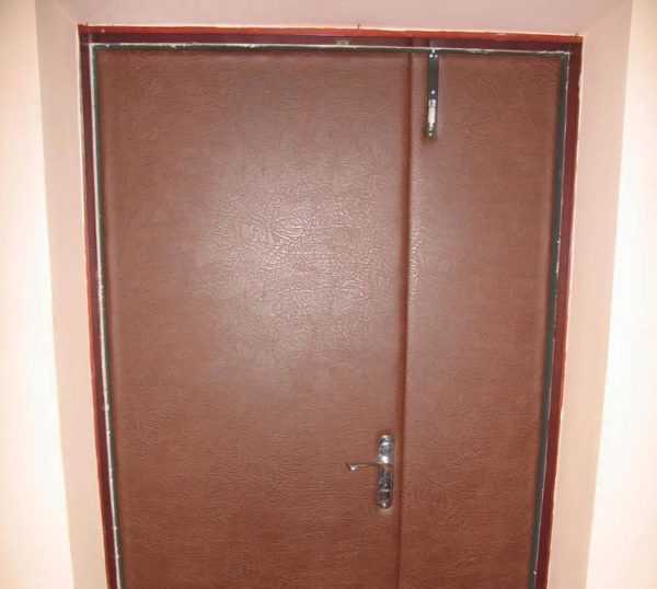 Как обшить дверь дерматином: тонкости и нюансы процесса