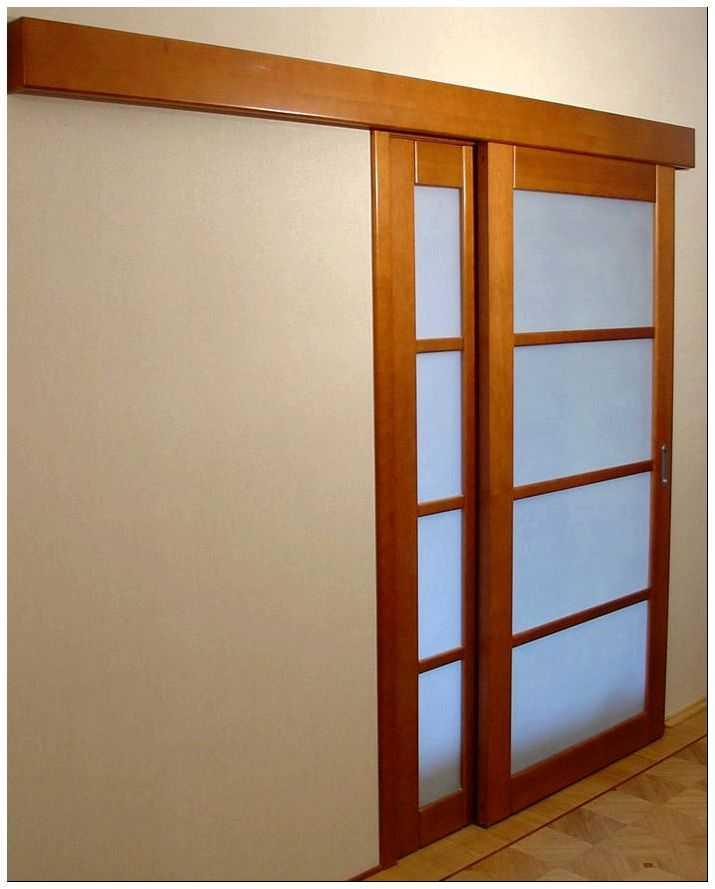 Процедура установки деревянных дверей своими руками простыми методами