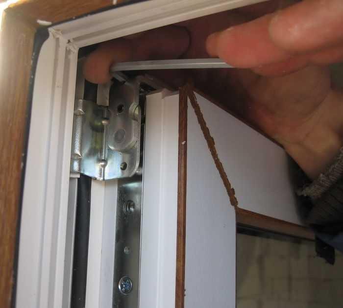 Как регулировать входную пластиковую дверь