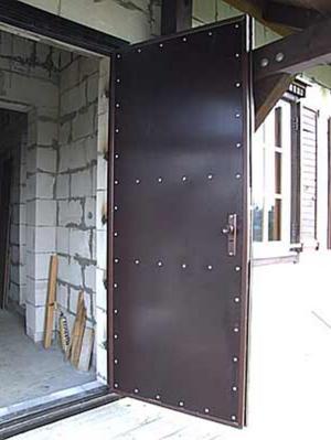 Утепление входной металлической двери своими руками