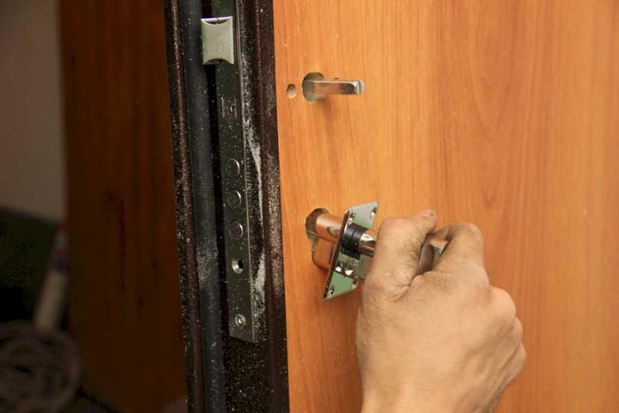 Замена замка на входной металлической двери в ростове-на-дону