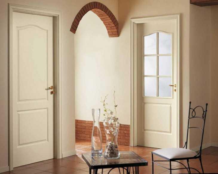 Как и из какого материала сделать порог для входной двери дома или квартиры?