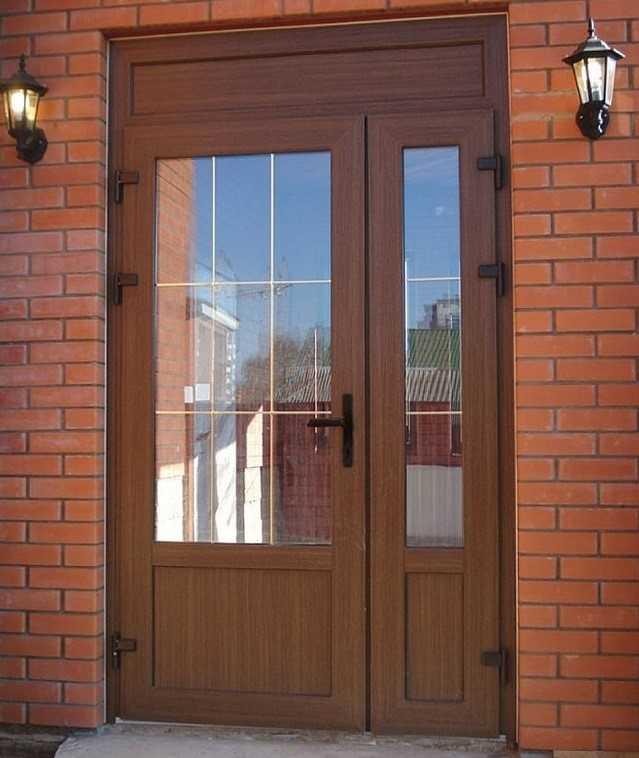 Как подобрать входную дверь для загородного дома? на сайте недвио