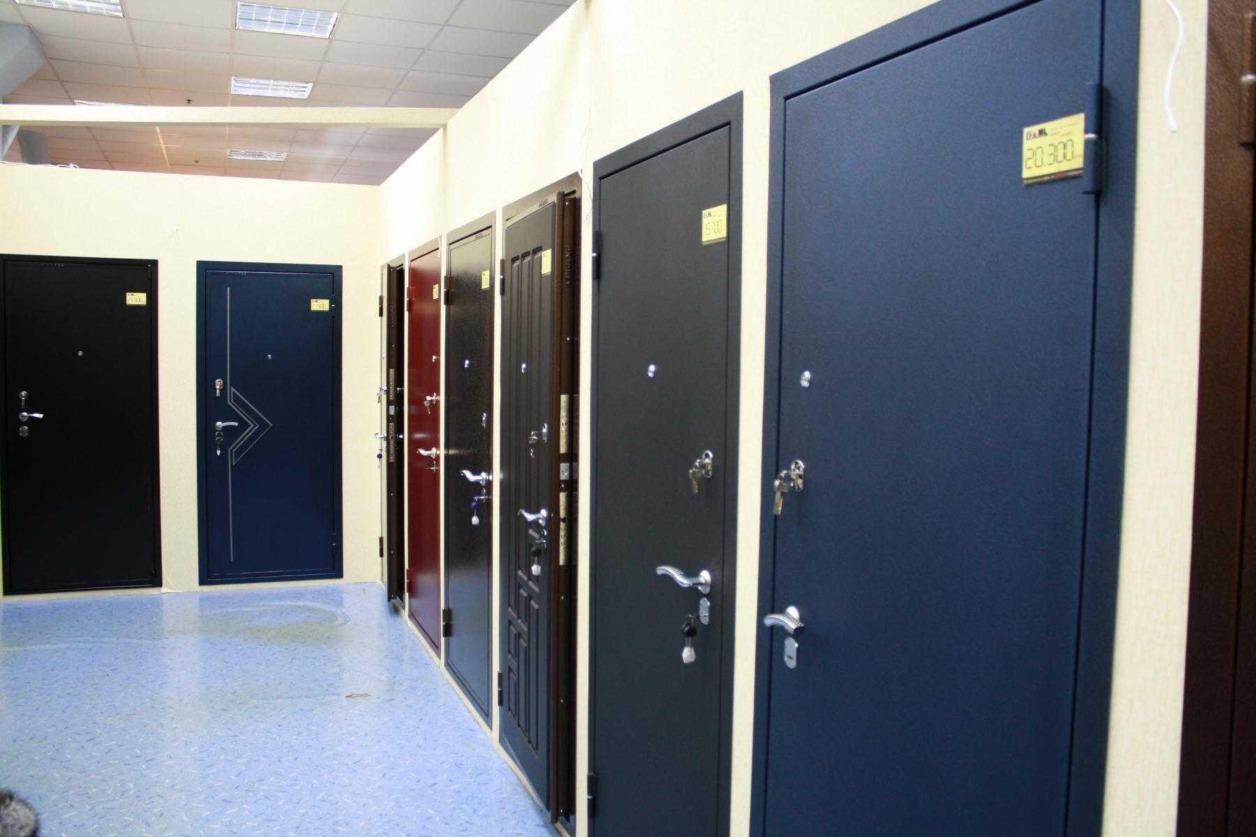 Конструктивные особенности металлических дверей