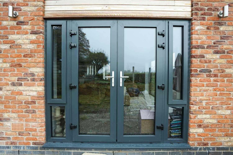 Пластиковые двери входные для частного дома. входные пластиковые двери для частных домов: описание и фото