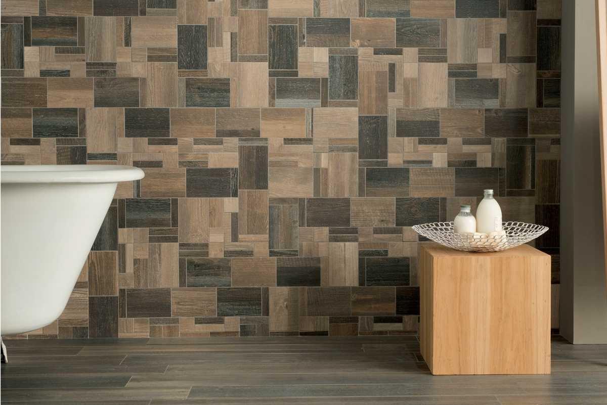 Плитка под дерево в ванную комнату — дизайн и оформление (видео, фото)