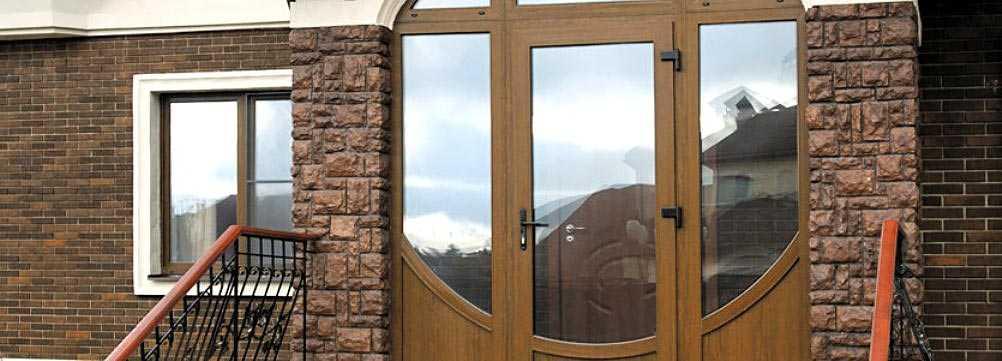 Изысканные стеклянные двери – безупречный стиль и функциональность