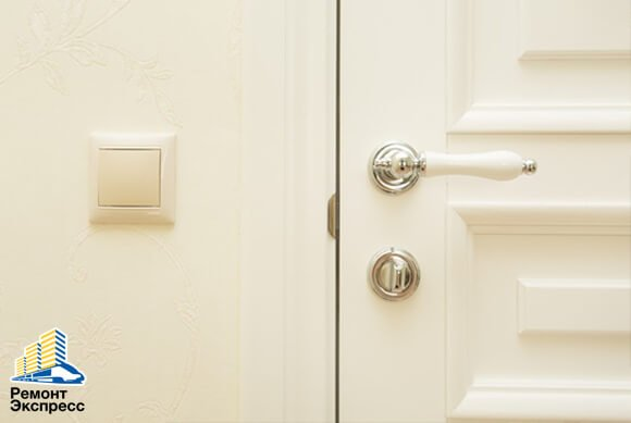 Достоинства входных дверей из массива