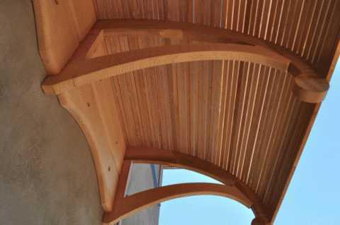 Козырек над крыльцом из поликарбоната: монтаж навеса, проект и этапы установки
