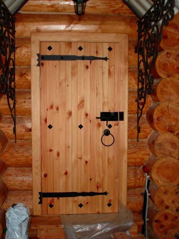 Как сделать дверь в баню своими руками: идеи и руководство