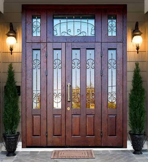 Практичная красота: обзор дверей триплекс