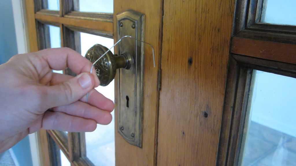 Руководство, как можно открыть дверь без ключа