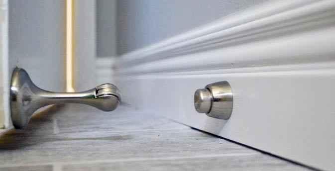 Порядок установки термопривода на дверь теплицы: видео-инструкция