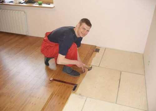 Можно ли класть ламинат на деревянный пол и как правильно стелить