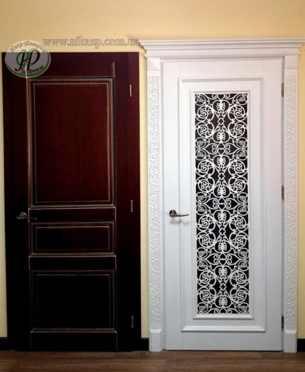 Входные двери со стеклопакетом: варианты надежности