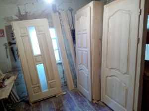 Преимущества покупки деревянных дверей в леруа мерлен