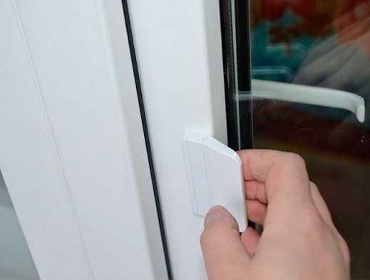 Как правильно установить ручку на пластиковую дверь самостоятельно
